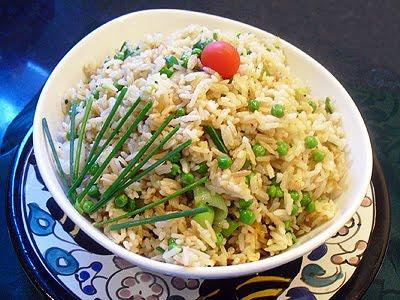 riz tha saut au wok la recette facile par toqu s 2 cuisine. Black Bedroom Furniture Sets. Home Design Ideas