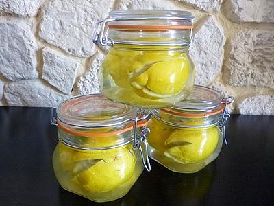 citrons confits au sel la recette facile par toqu s 2. Black Bedroom Furniture Sets. Home Design Ideas