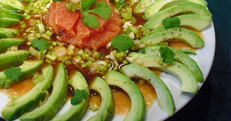 Salade avocat saumon pamplemousse