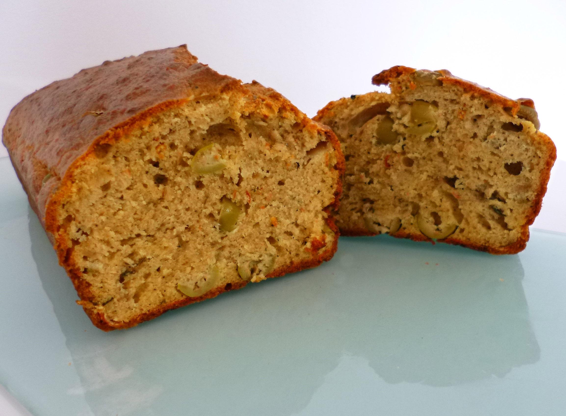 Cake proven al la recette facile par toqu s 2 cuisine for Entrees faciles originales
