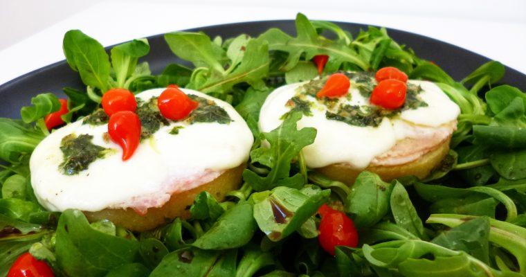 Crostinis de polenta mozzarella basilic