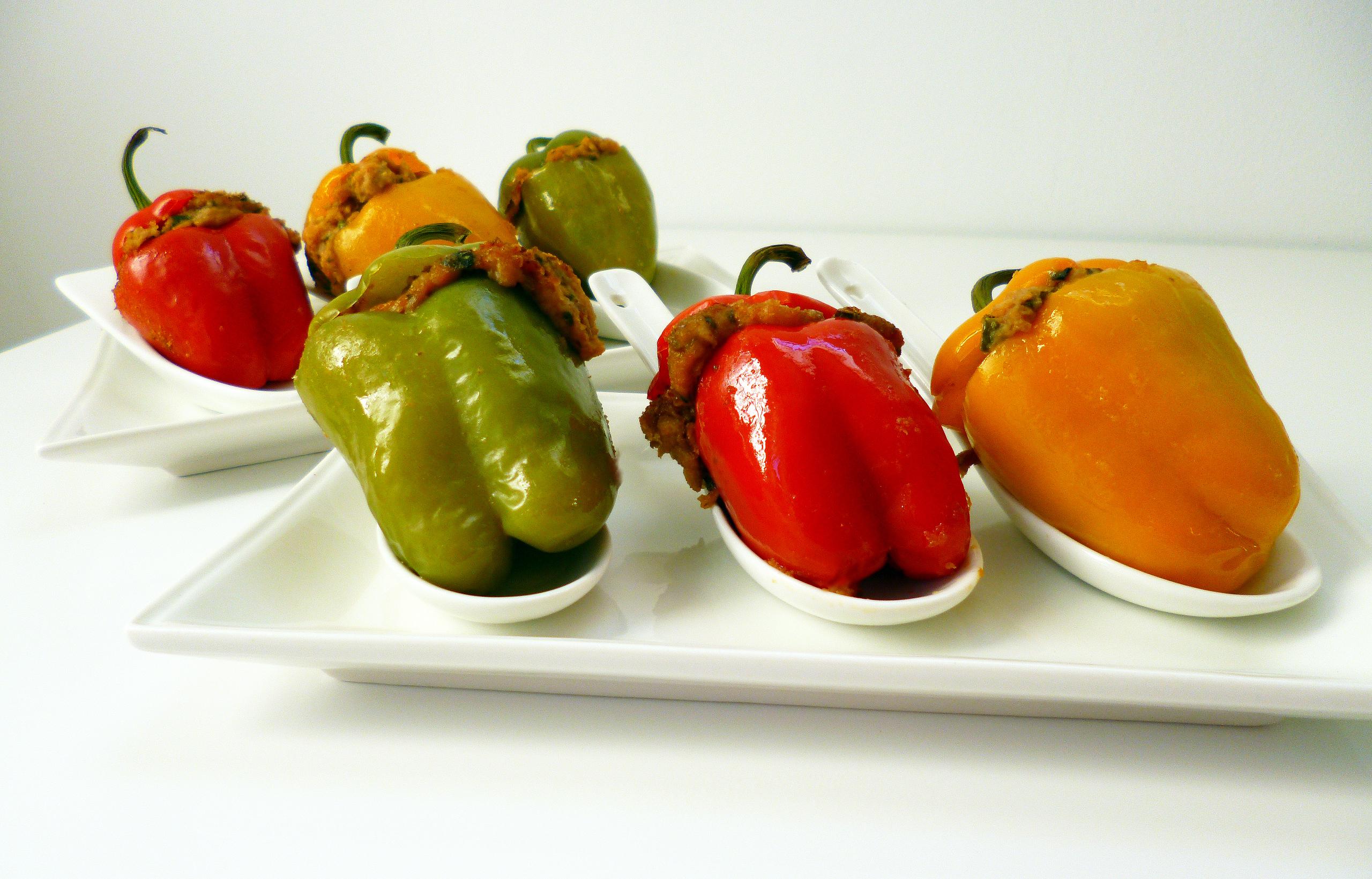Mini poivrons farcis la recette facile par toqu s 2 cuisine - Cuisiner des poivrons ...