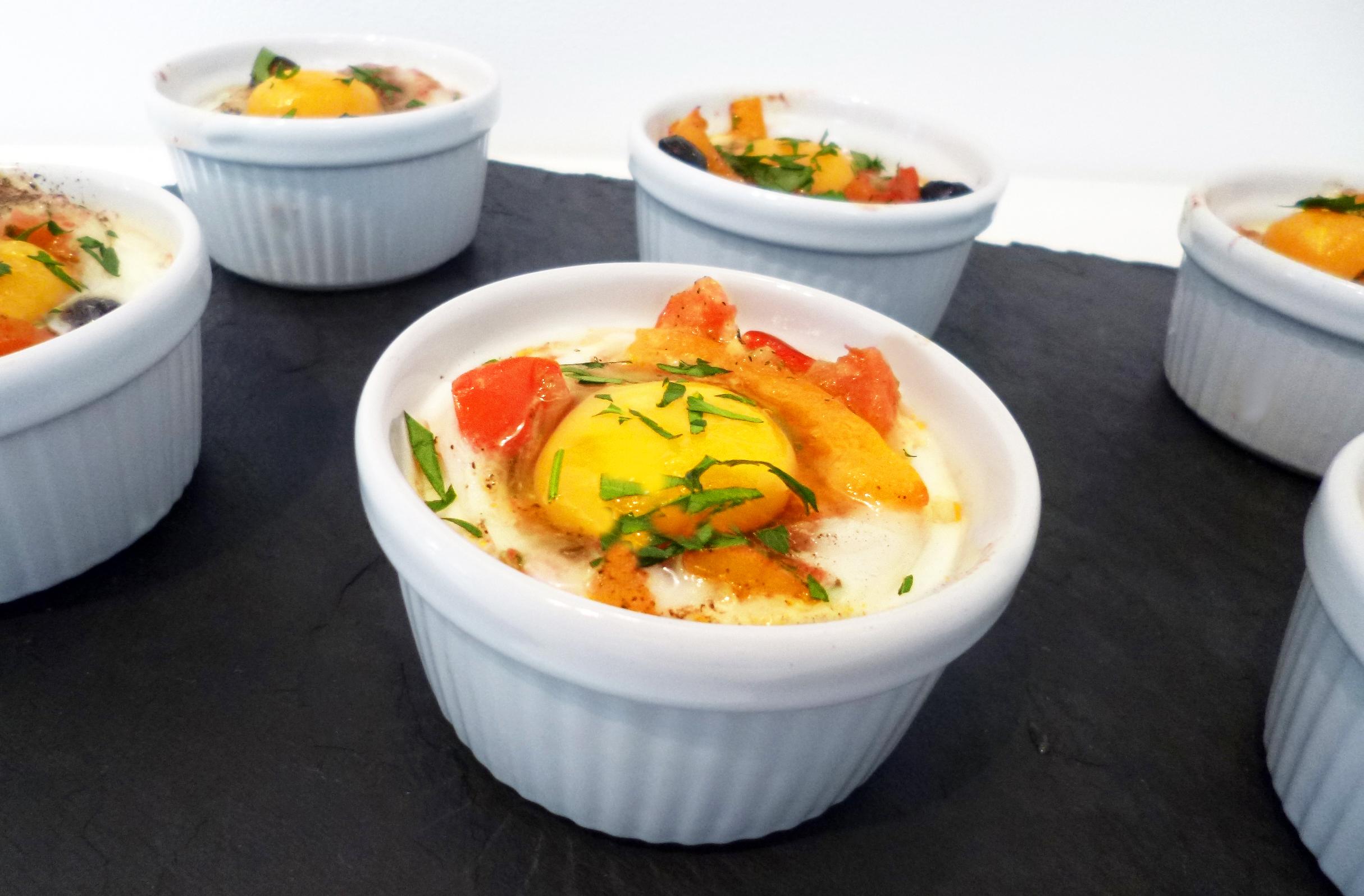 Oeufs cocotte la proven ale la recette facile par for Entree facile et pas chere