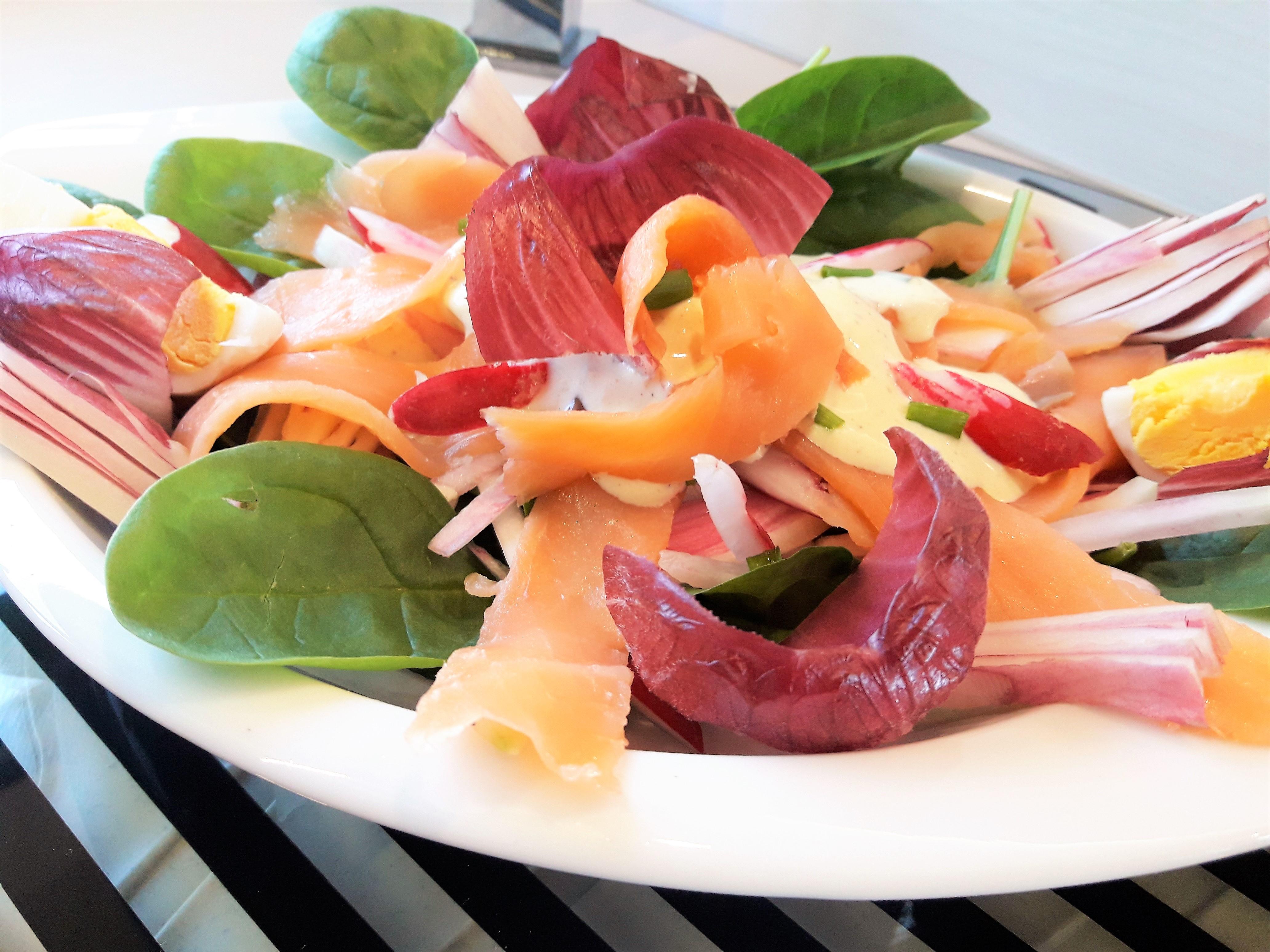 Salade nordique la recette facile par toqu s 2 cuisine for Salade pour accompagner poisson