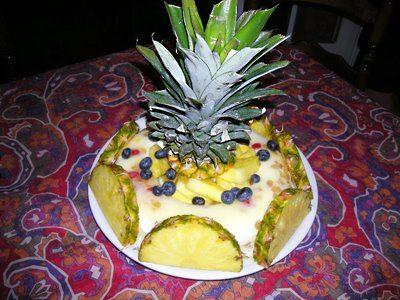 Couronne glacée à l'ananas et au rhum