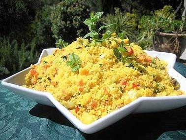 Semoule de couscous aux petits légumes