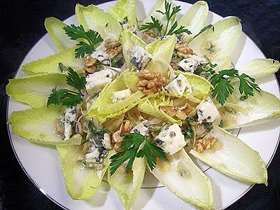 Salade d'endives roquefort