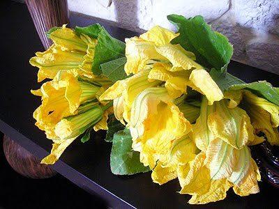 Fleurs de courgettes farcies au saumon la recette facile par toqu s 2 cuisine - Fleurs de courgettes au four ...