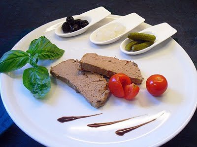 Mousse de foie de volaille la recette facile par toqu s for Entree facile et pas chere
