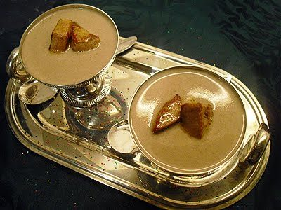 Crème de champignons au foie gras