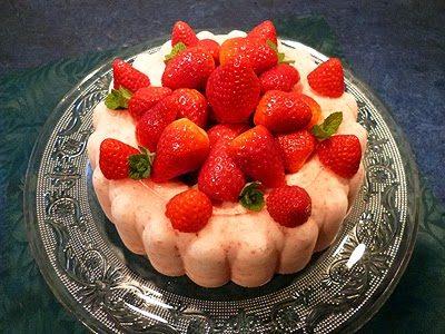 Couronne glacée aux fraises