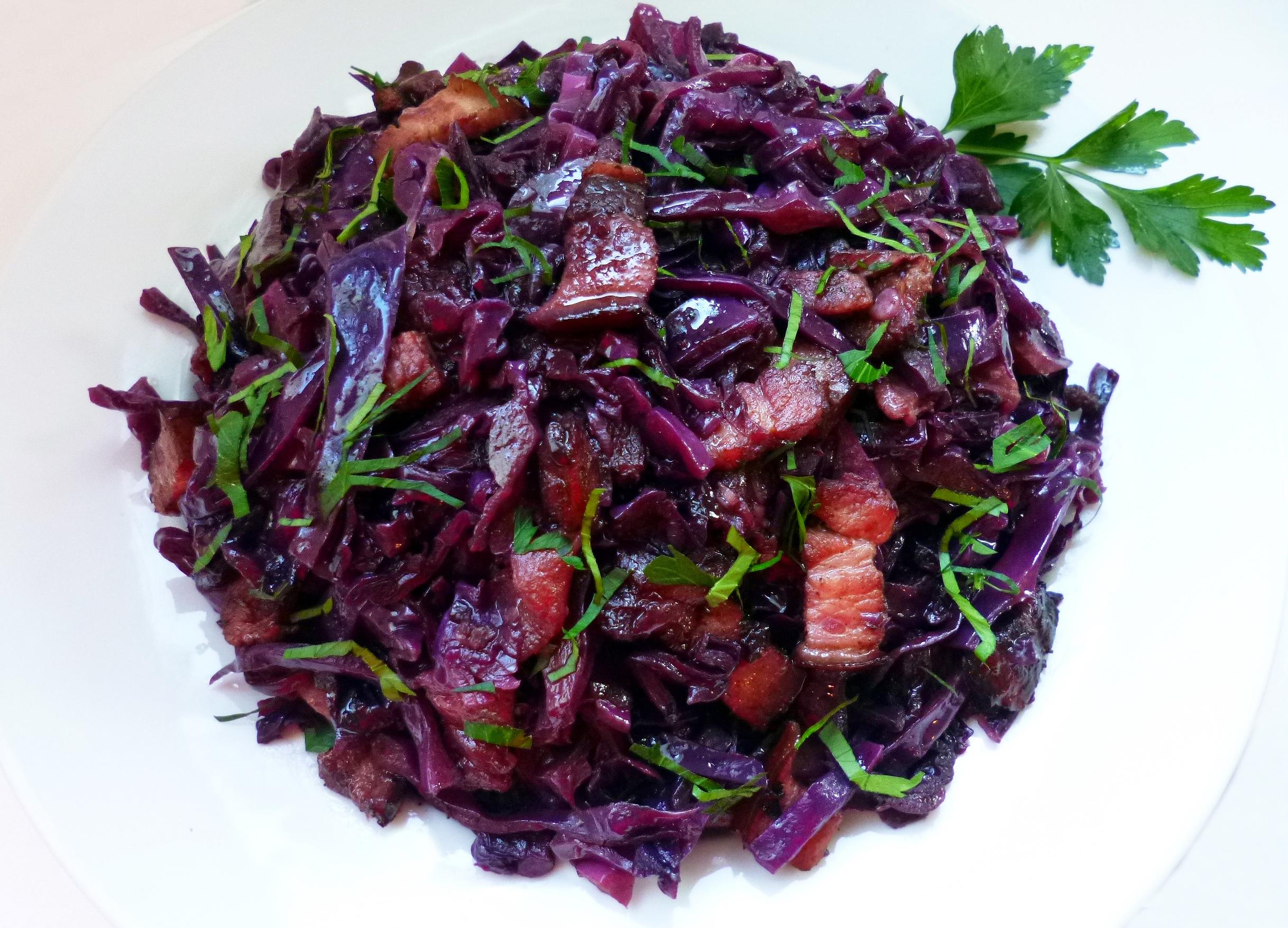 Chou rouge brais la recette facile par toqu s 2 cuisine - Cuisiner un chou rouge ...