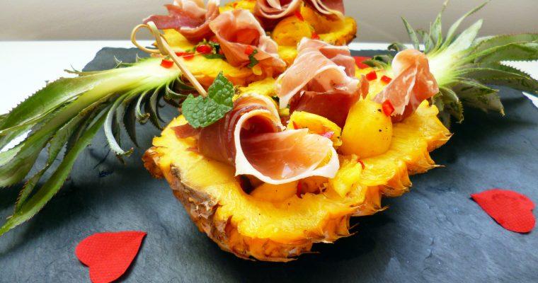 Ananas au jambon cru