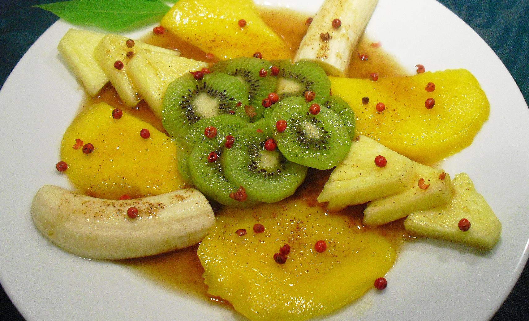 Salade de fruits frais - La recette facile par Toqués 2 Cuisine