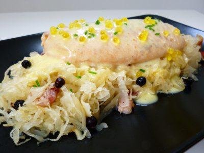 Truite aux amandes la recette facile par toqu s 2 cuisine - Comment cuisiner la truite au four ...