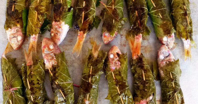 Rougets barbets en feuilles de vigne
