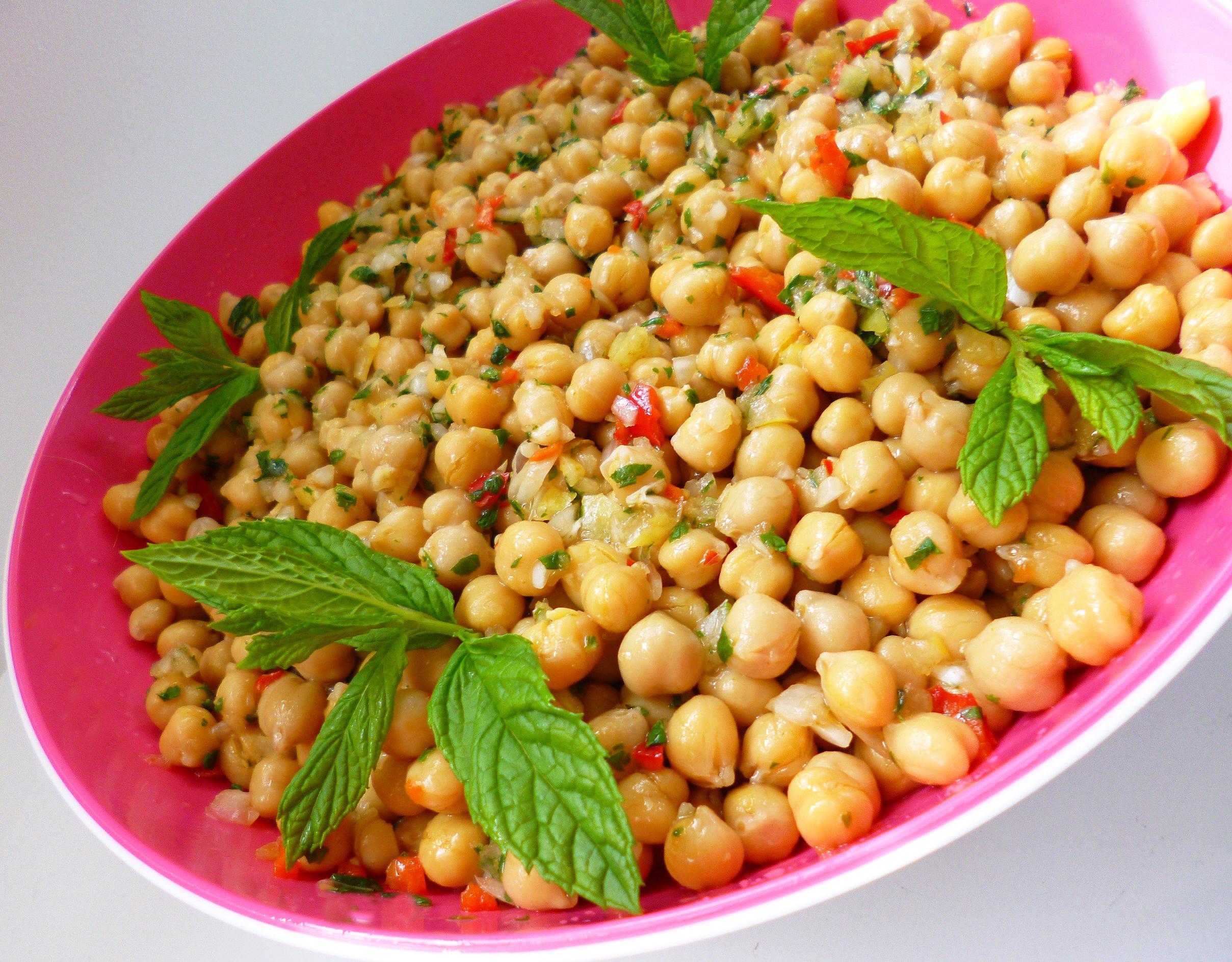 Salade de pois chiche l 39 orientale la recette facile par toqu s 2 cuisine - Cuisine orientale facile ...