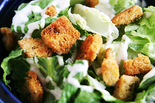 croutons-on-salad