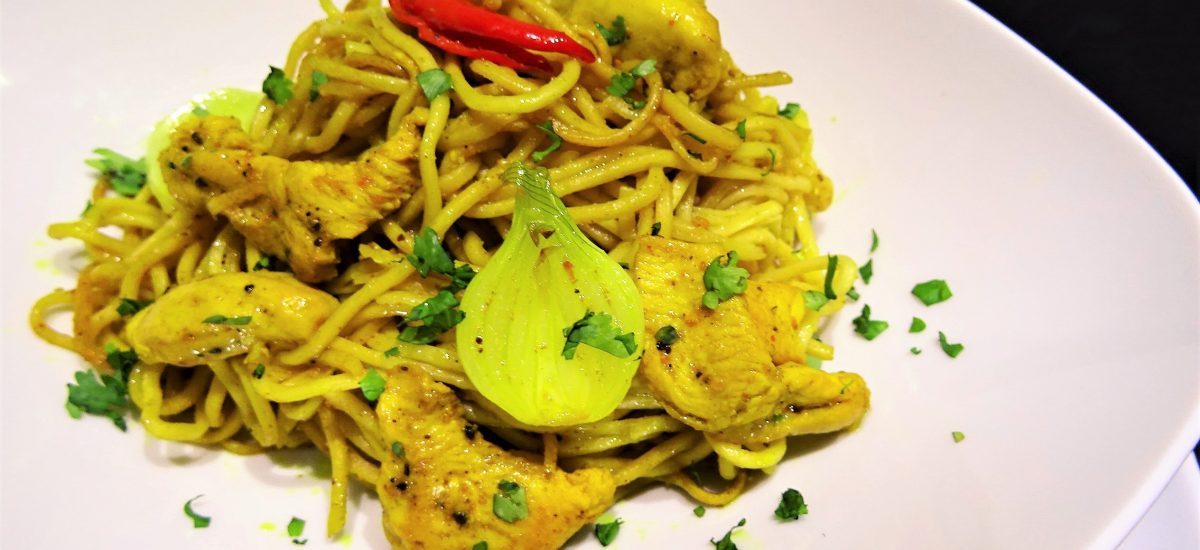 Nouilles chinoises poulet curry