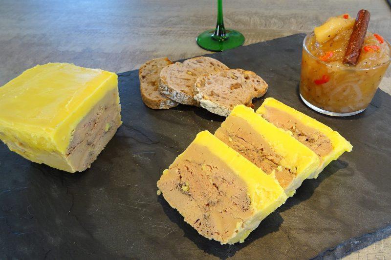 Foie gras au calvados la recette facile par toqu s 2 cuisine - Cuisiner un foie gras cru ...