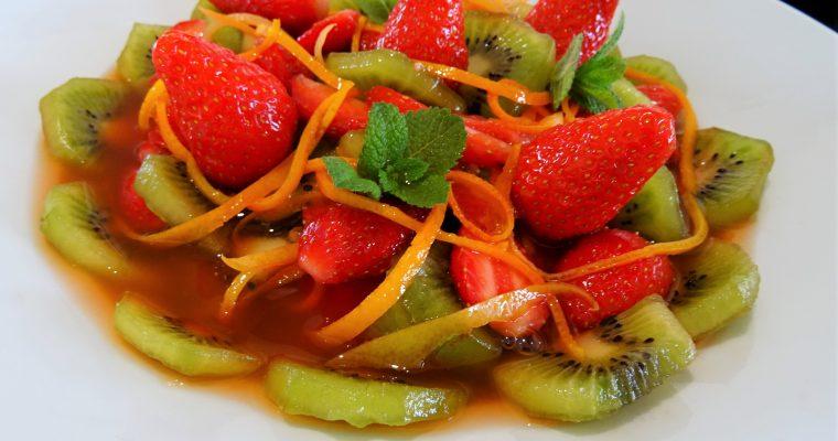 Soupe de fraises et kiwis