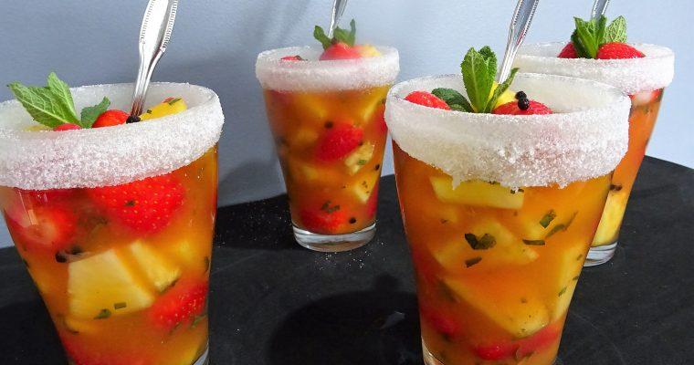 Salade fraises ananas au rhum